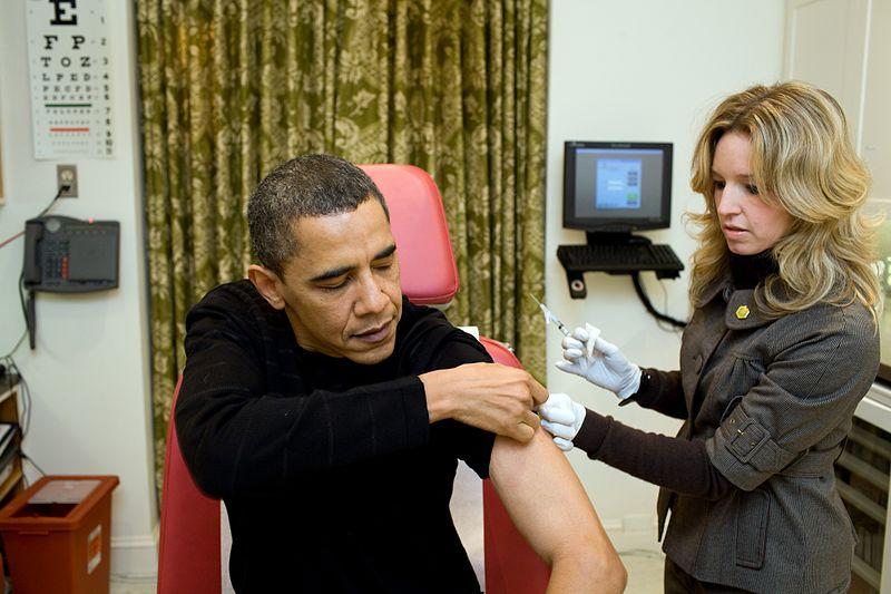 a_nurse_vaccinates_barack_obama_against_h1n1