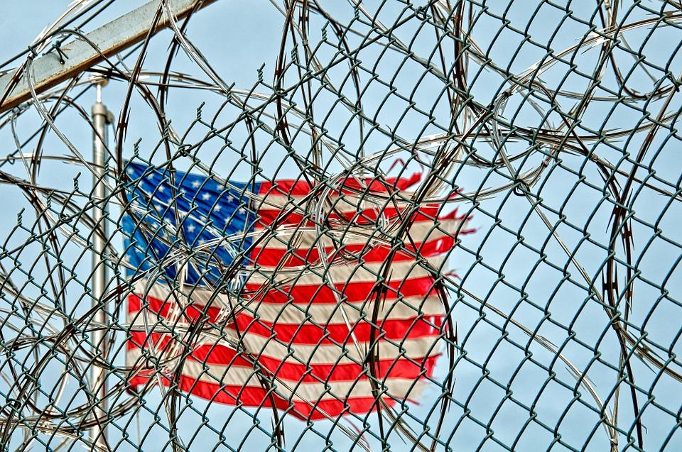 prison-370112_960_720