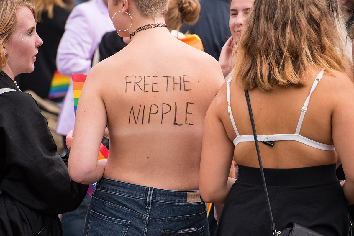 Three Women Arrested at New Hampshire Beach for being Topless take Case to Supreme Court