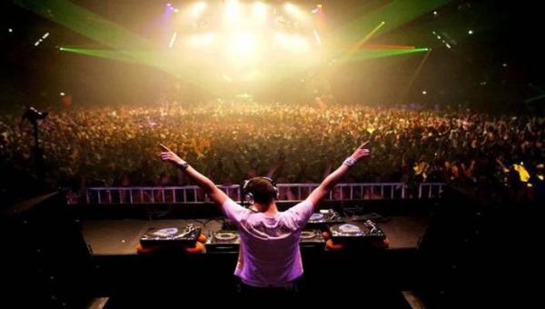 Night Club Dance DJ