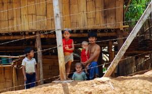800px-Mae_La_refugee_camp
