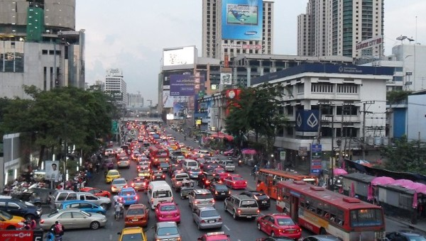 800px-Traffic_jam_in_Bangkok
