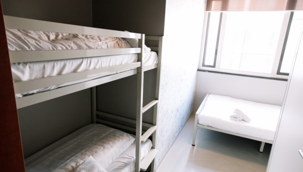 bunk-beds-inside-a-room